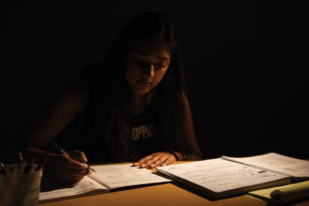 StudyingIllustration(Cindy)