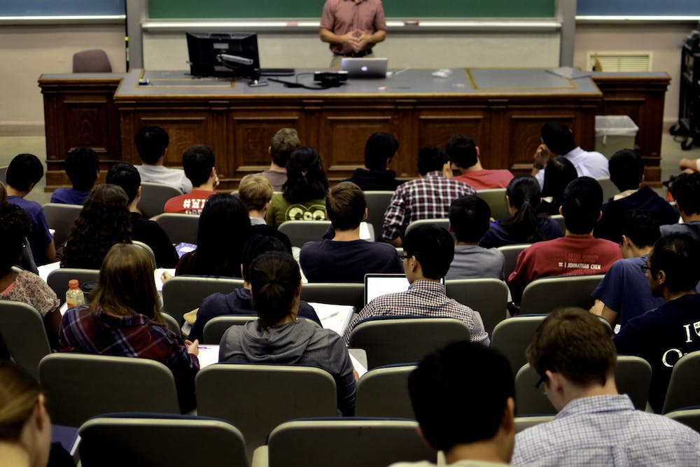 classroom-in-person-teaching-instruction-lecture-son-nguyen