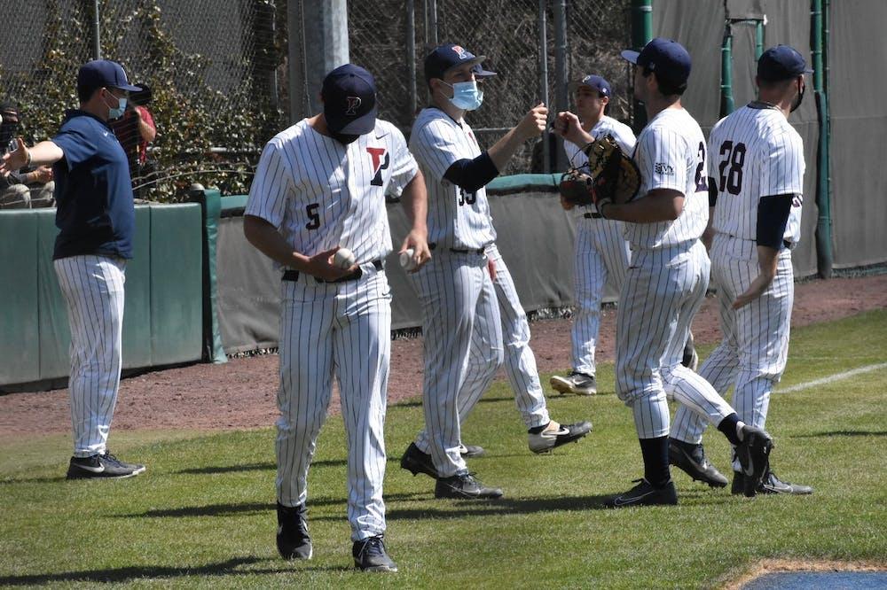 3-27-2021-baseball-vs-villanova-group-with-masks-samantha-turner
