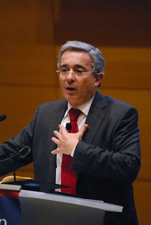 03252011_colombianpresident043