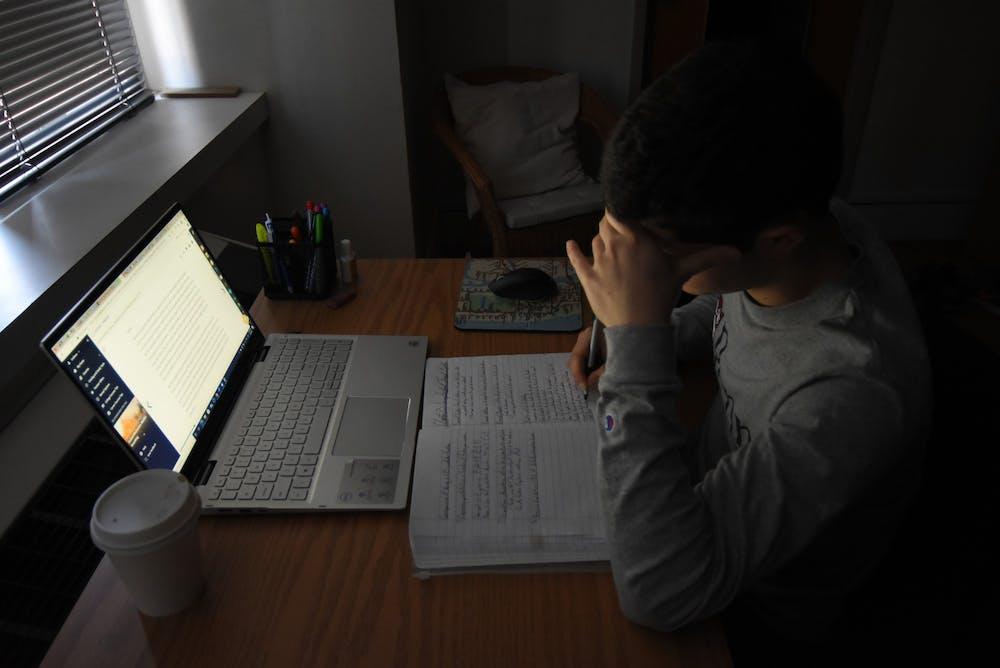 3-5-21-mental-health-computer-covid-19-coronavirus-online-note-taking-photo-illustration-sad-stressed-diego-cardenas-uribe