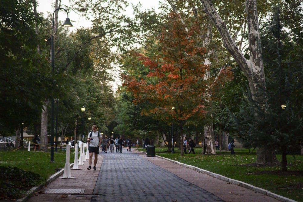 10-11-21-fall-campus-derek-wong