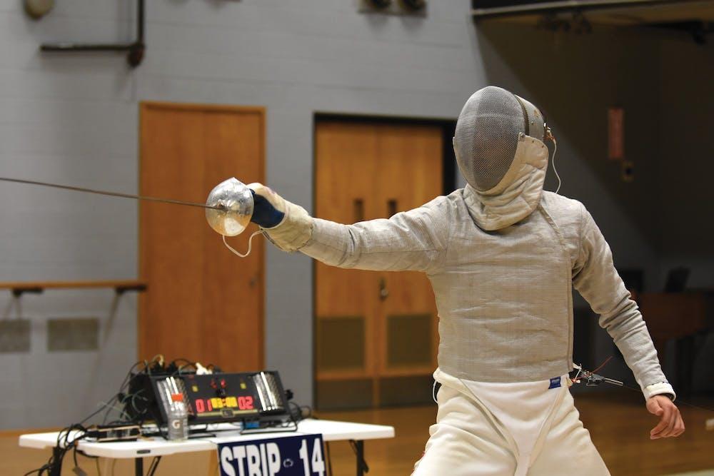 11-08-15-shaul-gordon-fencing-arabella-uhry