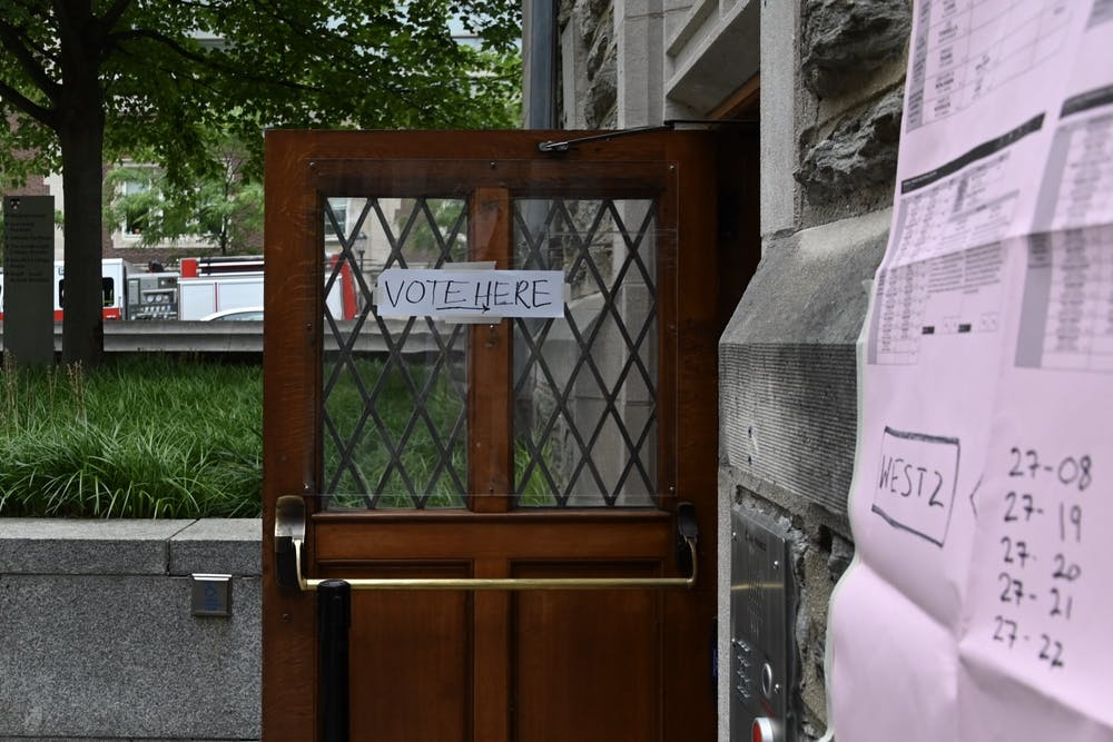 primaries-2020-vote-houston-hall