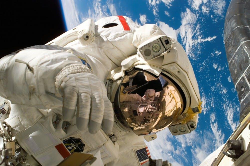 astronautastronomydiscovery2156