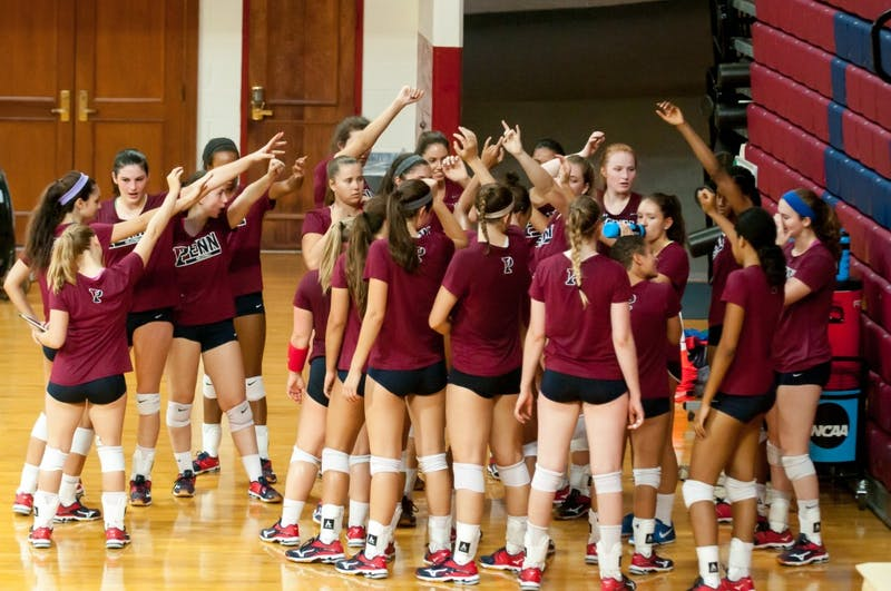 Photo gallery: Women's Volleyball Practice