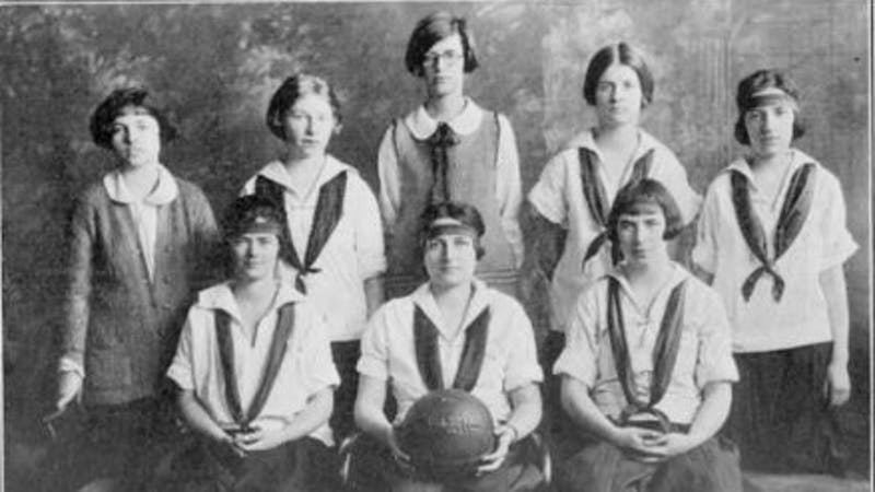 1924 Penn Women Basketball Team Investigation Template.jpg