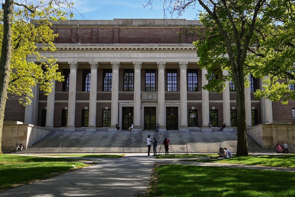 05-21-20-harvard-university-campus-widener-library-kylie-cooper