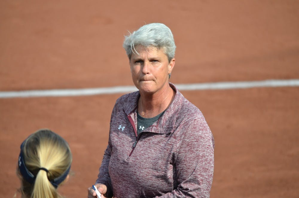 Before coming to Penn in 2004, softball coach LeslieKing captained the New Zealand National Softball Team to a silver medal finish at the 1999 Women's World Championships.