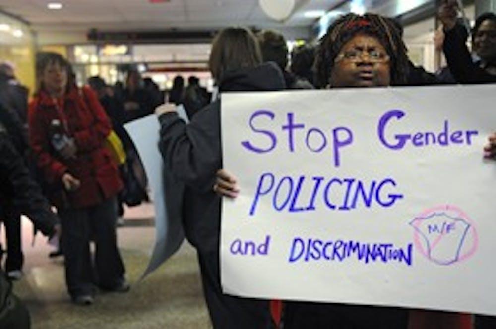 03302010_transgenderprotest007