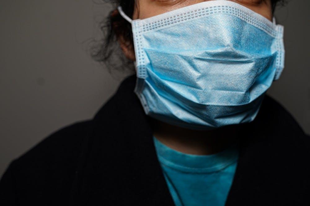 coronavirus-sickness-epidemic-mask