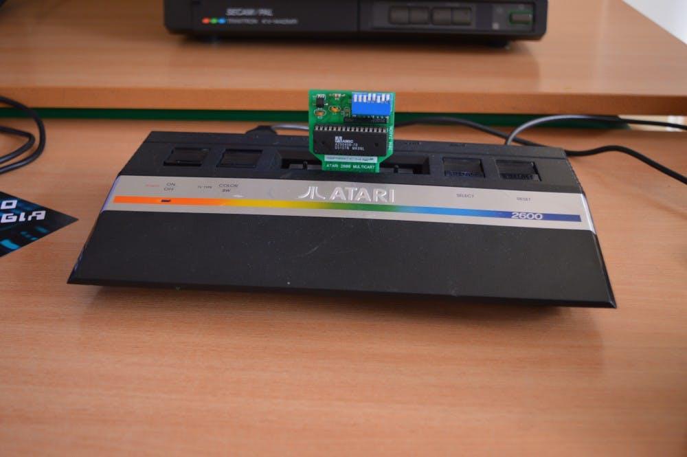 Atari_2600_game_console