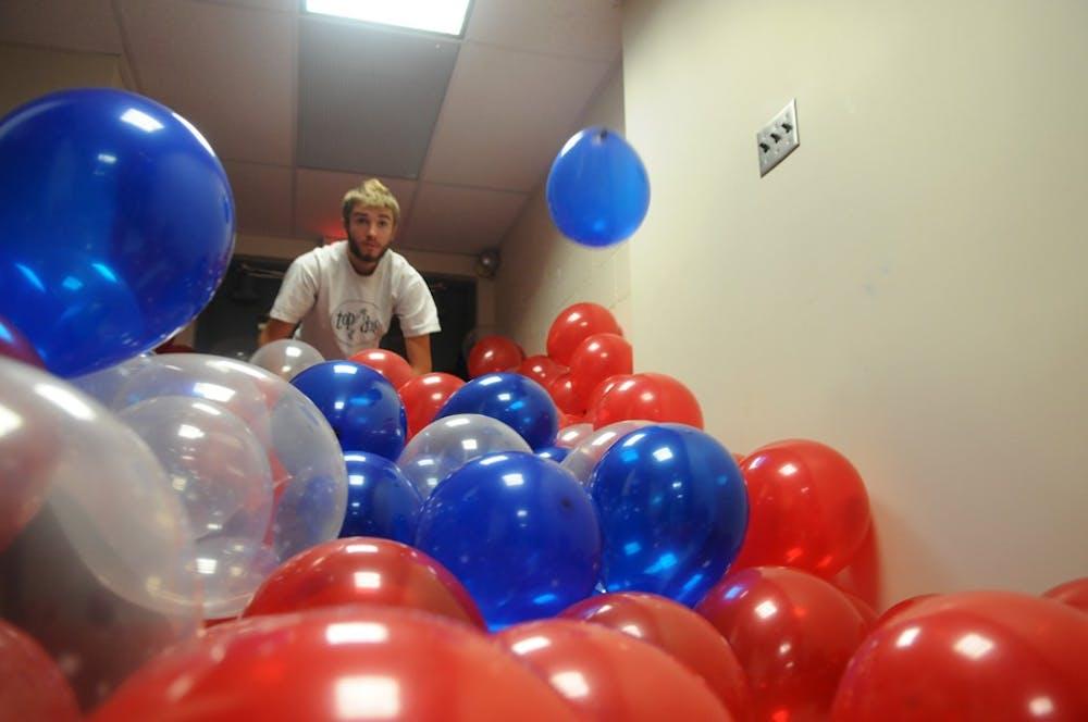 10312010_pltvballoons0012