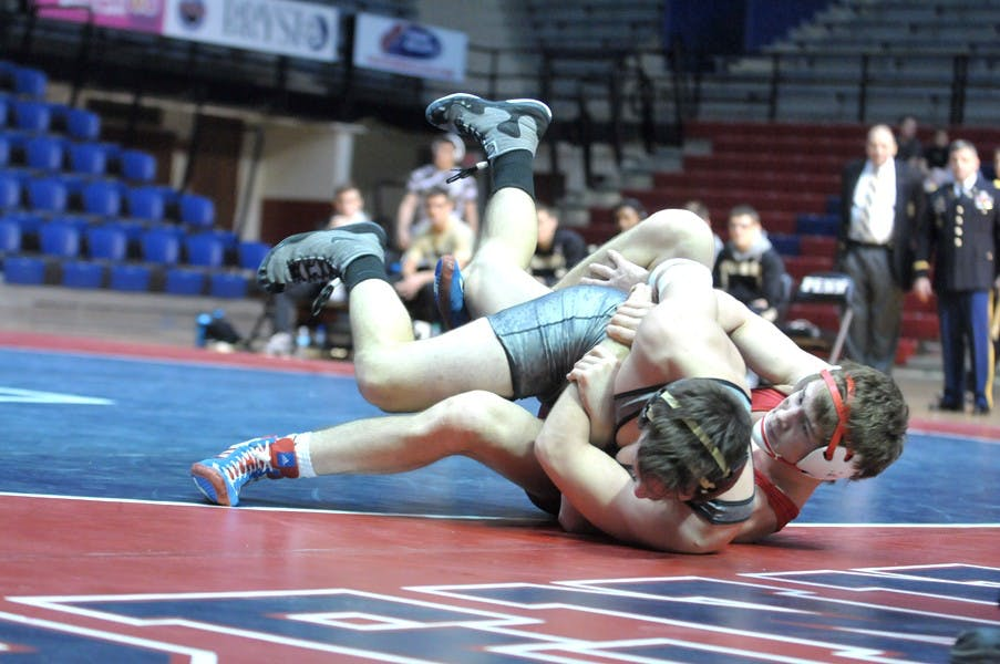 01262014_menwrestlingvsarm_copy