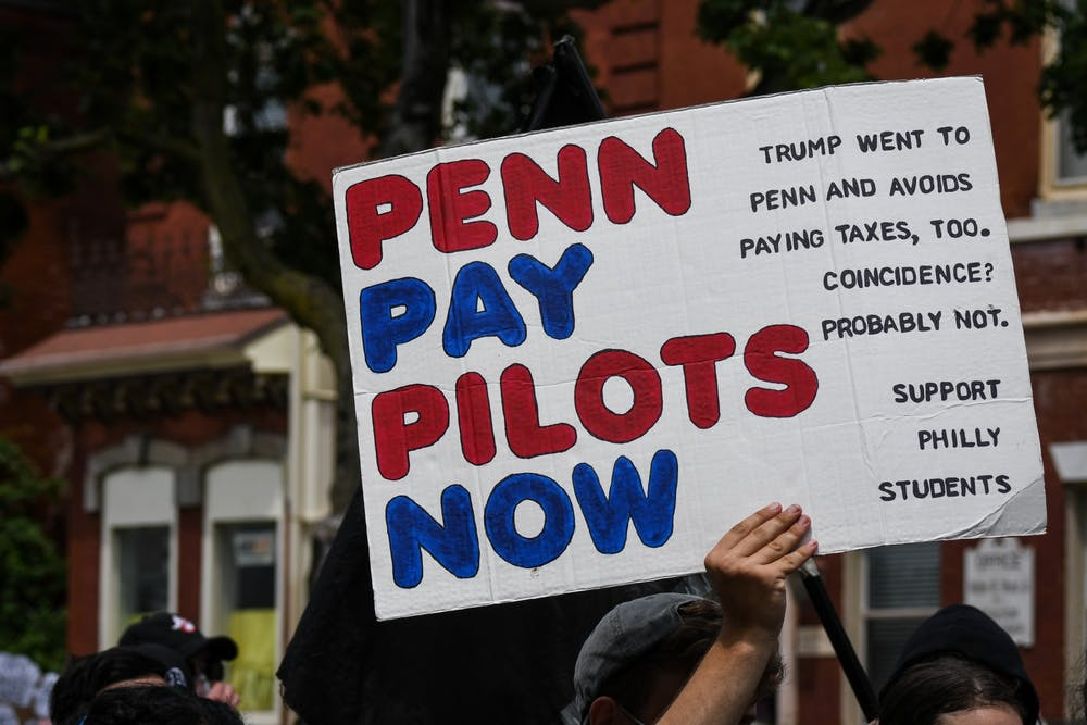 07-24-20-police-free-penn-protest-pay-pilots