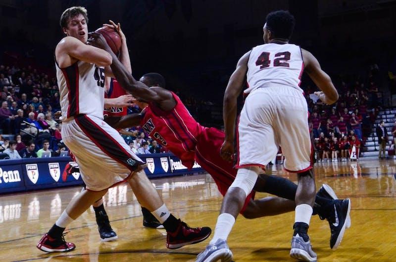 A recap in photos: Men's basketball falls to Brown, 71-55
