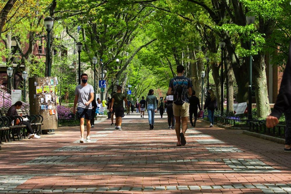 locust-walk-walking-students
