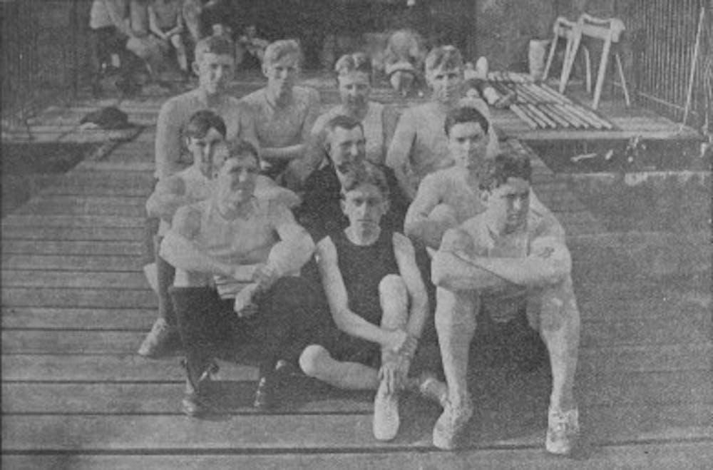 the-1900-crew