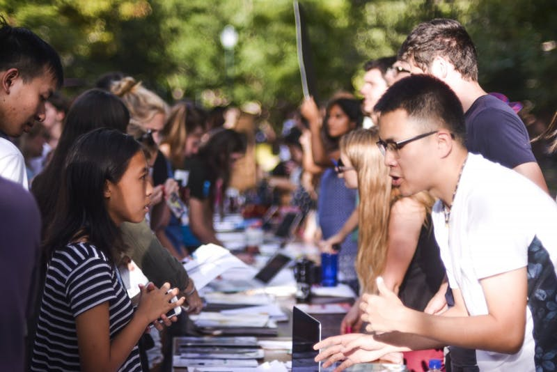 Photo gallery: activities fair