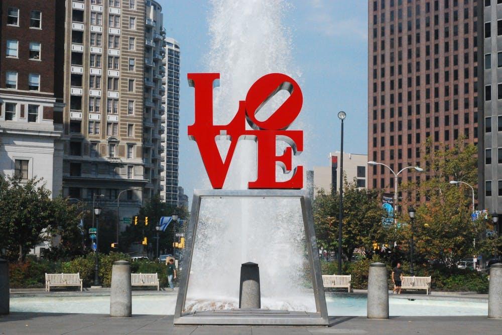 love statue phila