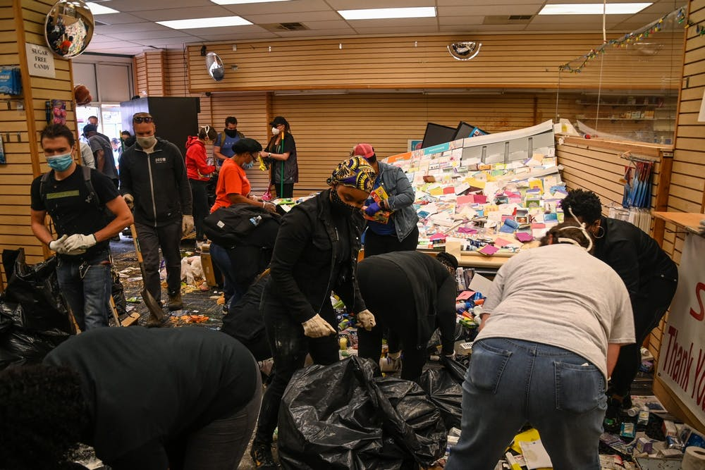 06-01-20-bring-a-broom-looting-cleanup-52nd-market-st
