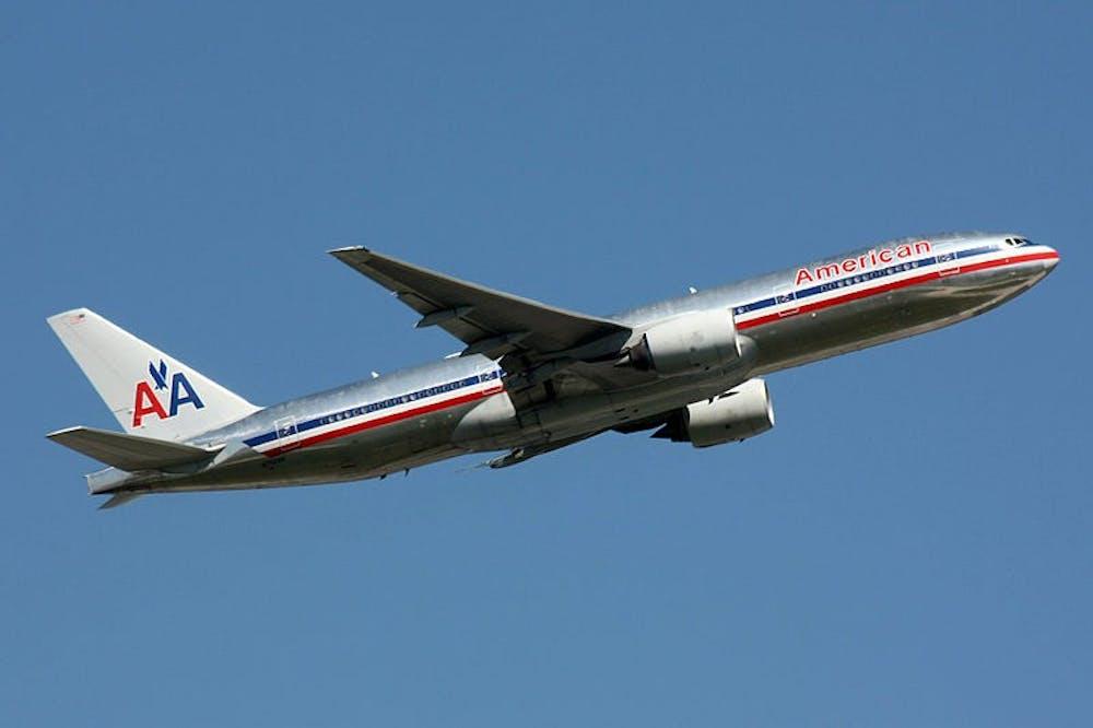 800pxamerican_airlines_boeing_777200_n762an