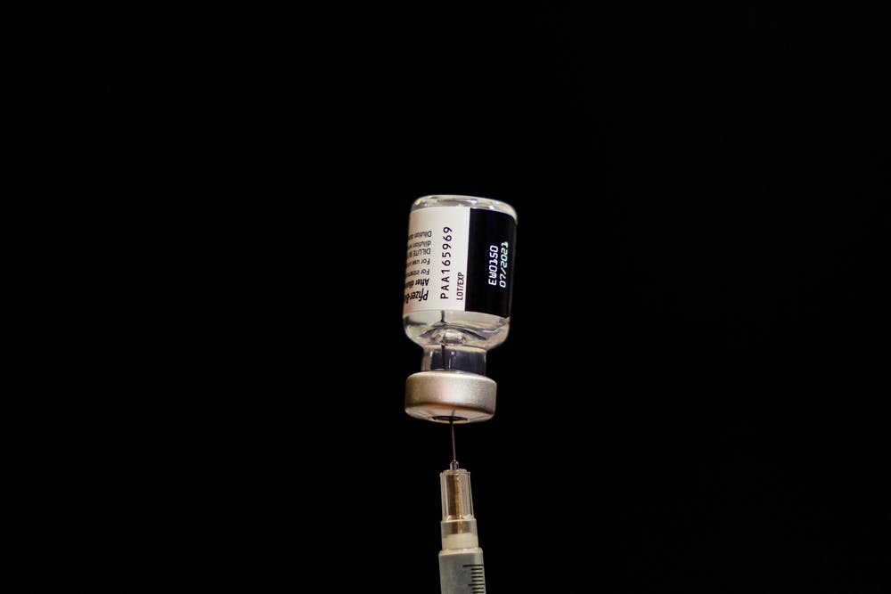 04-21-21-penn-vaccination-site-covid-vaccine-chase-sutton