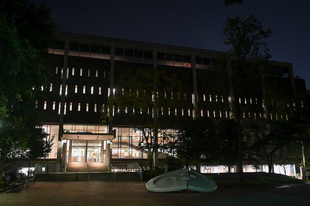 van-pelt-library-vp-button-night-campus