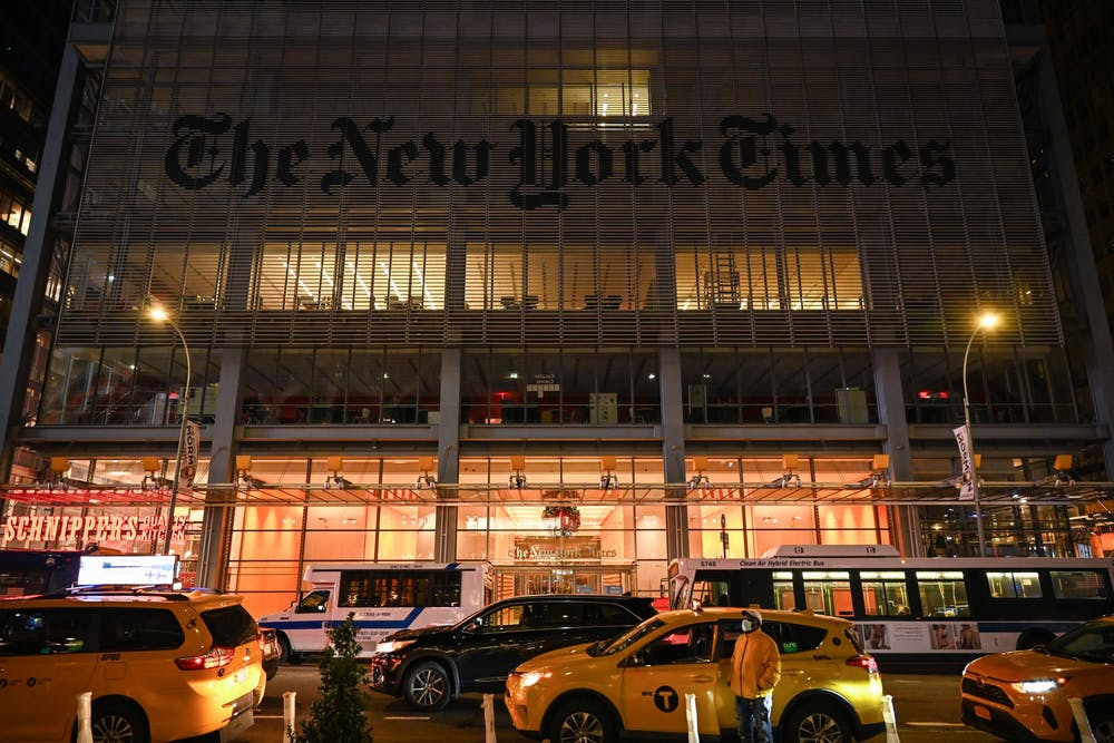 11-28-20-new-york-times-nyt-office-building-kylie-cooper