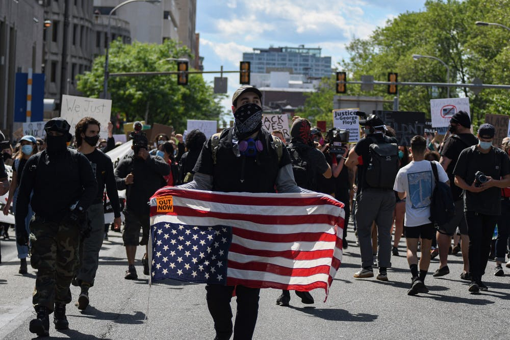 6-02-20-philadelphia-black-lives-matter-speakout-upsidedown-american-flag-009