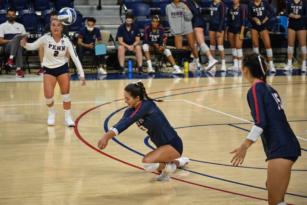 09-04-21-womens-volleyball-vs-canisius-madison-risch-kylie-cooper