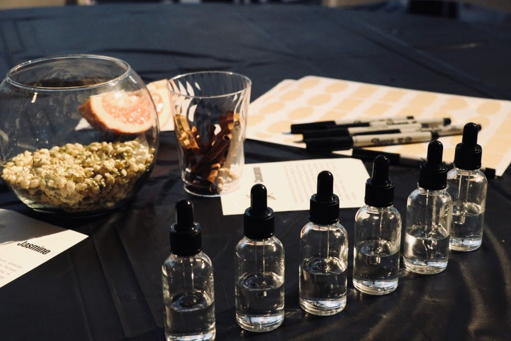 Photo Essay | Students learn about ancient perfumes in Penn Museum workshop