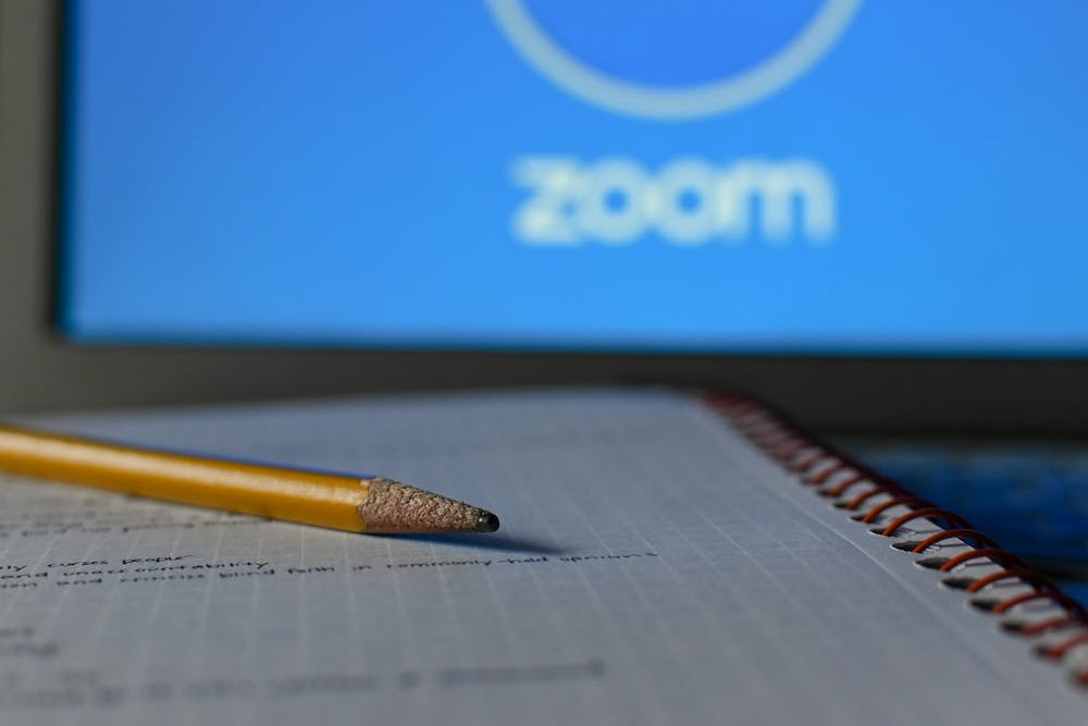 zoom-online-learning-classes-pencil-notebook