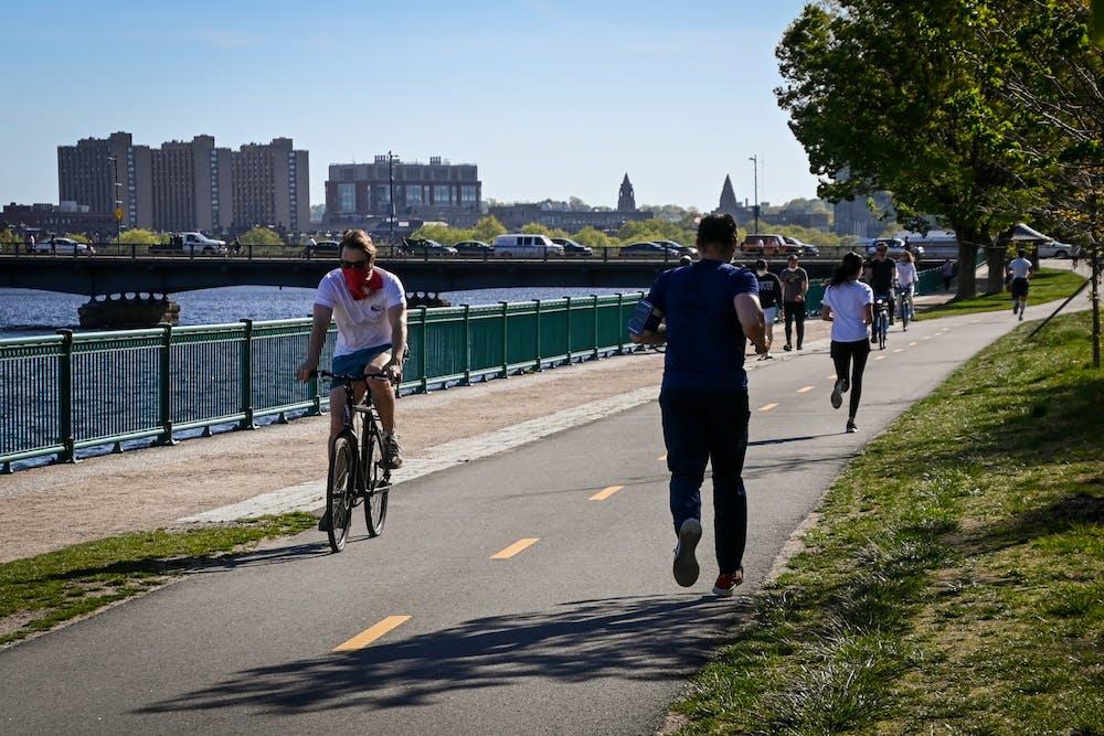 exercise-fitness-wellness-biking-running-charles-river-boston