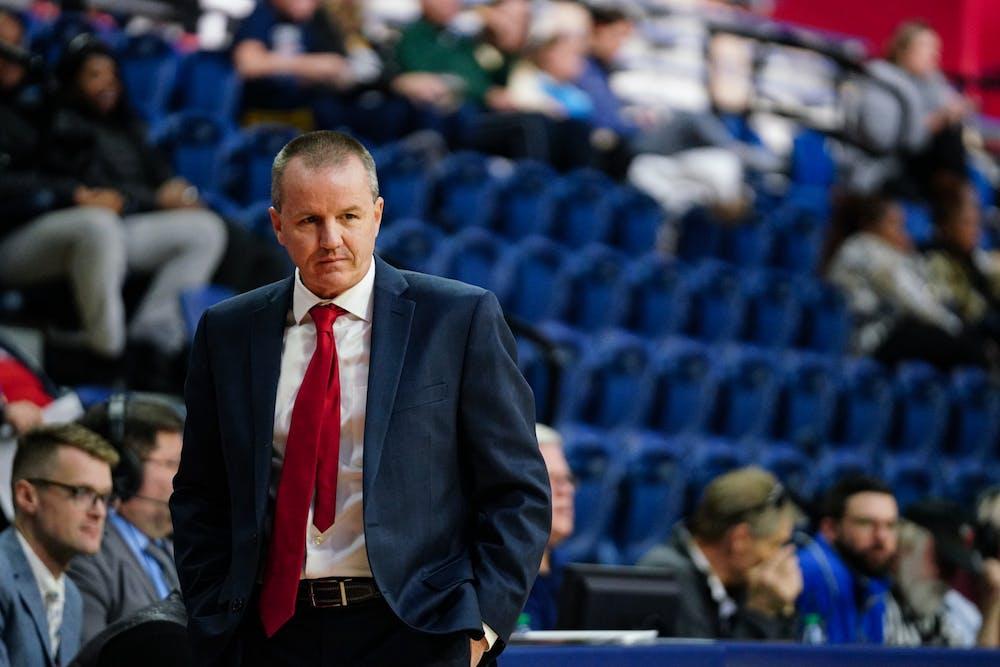wbb-coach-mike-mclaughlin