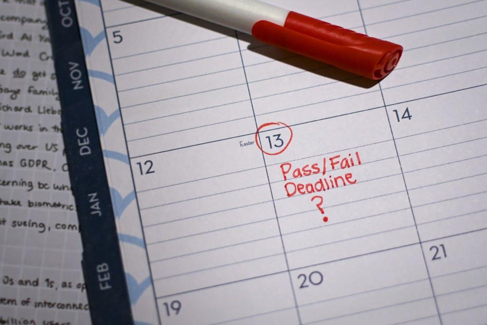 pass-fail-deadline-calendar-001
