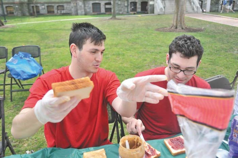 PB&J a-thon, Jewish Heritage Programs come together to make sandwiches