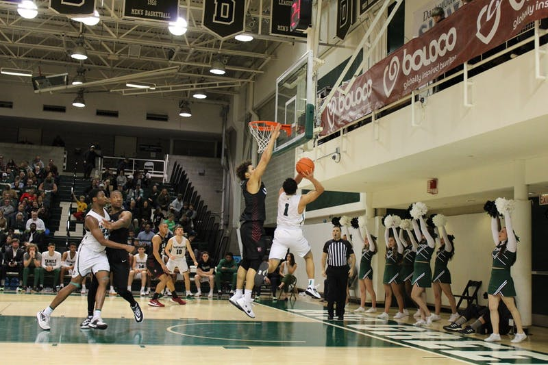 The men's basketball team picked up its first two conference wins of the season over Columbia and Cornell this weekend.