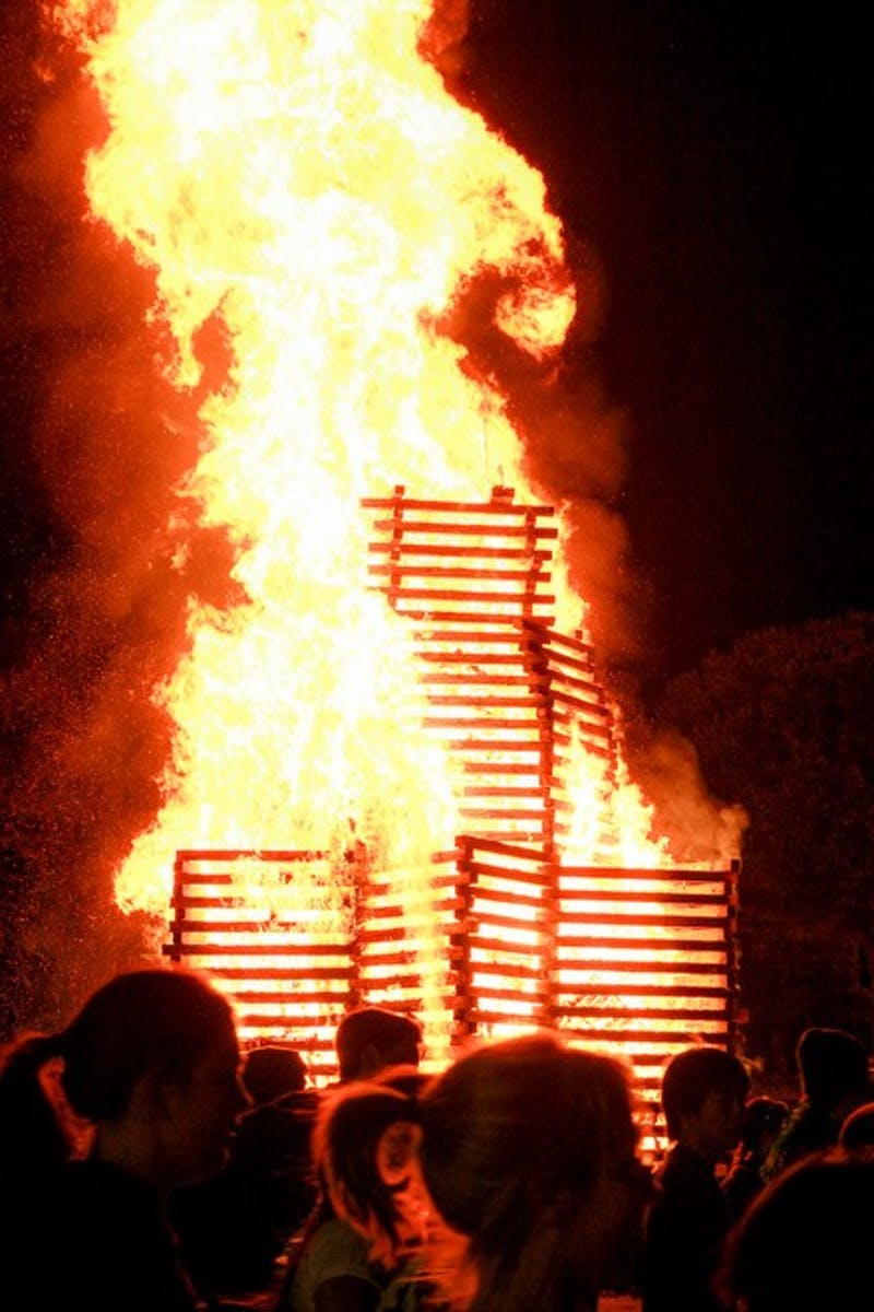freshmenissue.news.bonfire