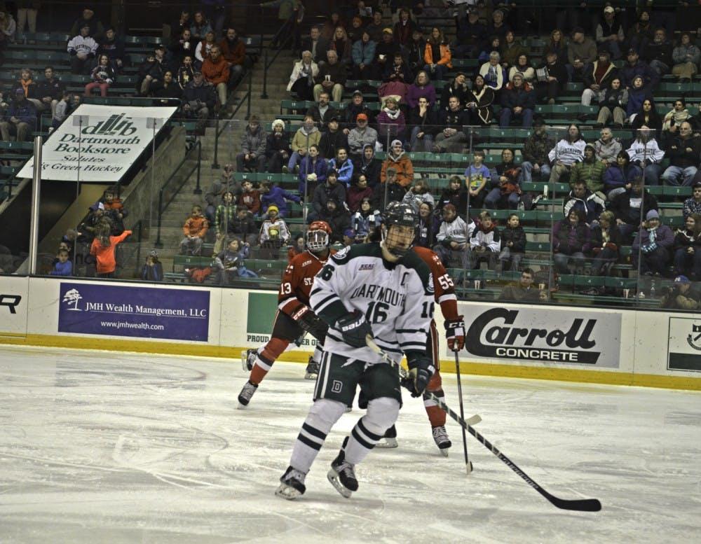 02-27-15-sports-mens-hockey-eliza-mcdonough