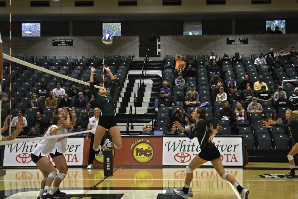 10-21-14-sports-volleyball1-eliza-mcdonough