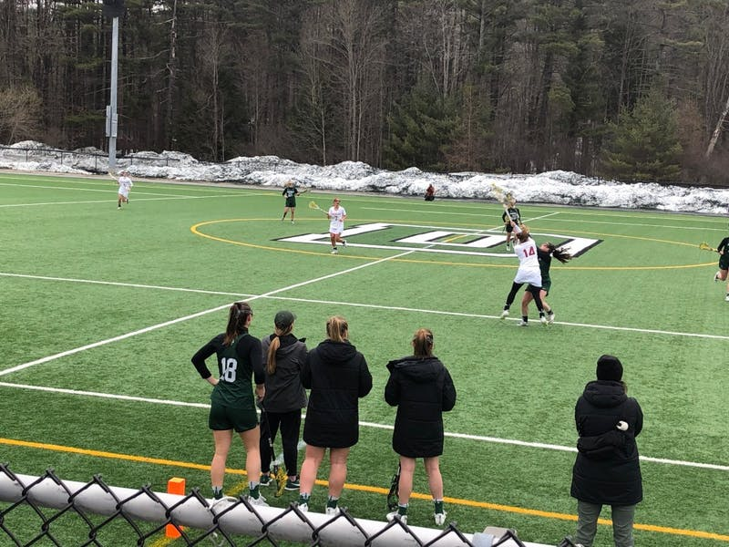 Women's lacrosse stays undefeated in Ivy League play, rugby wins the Harvard 7s tournament, baseball trades a pair of 23-run games and more in this week's Roundup.
