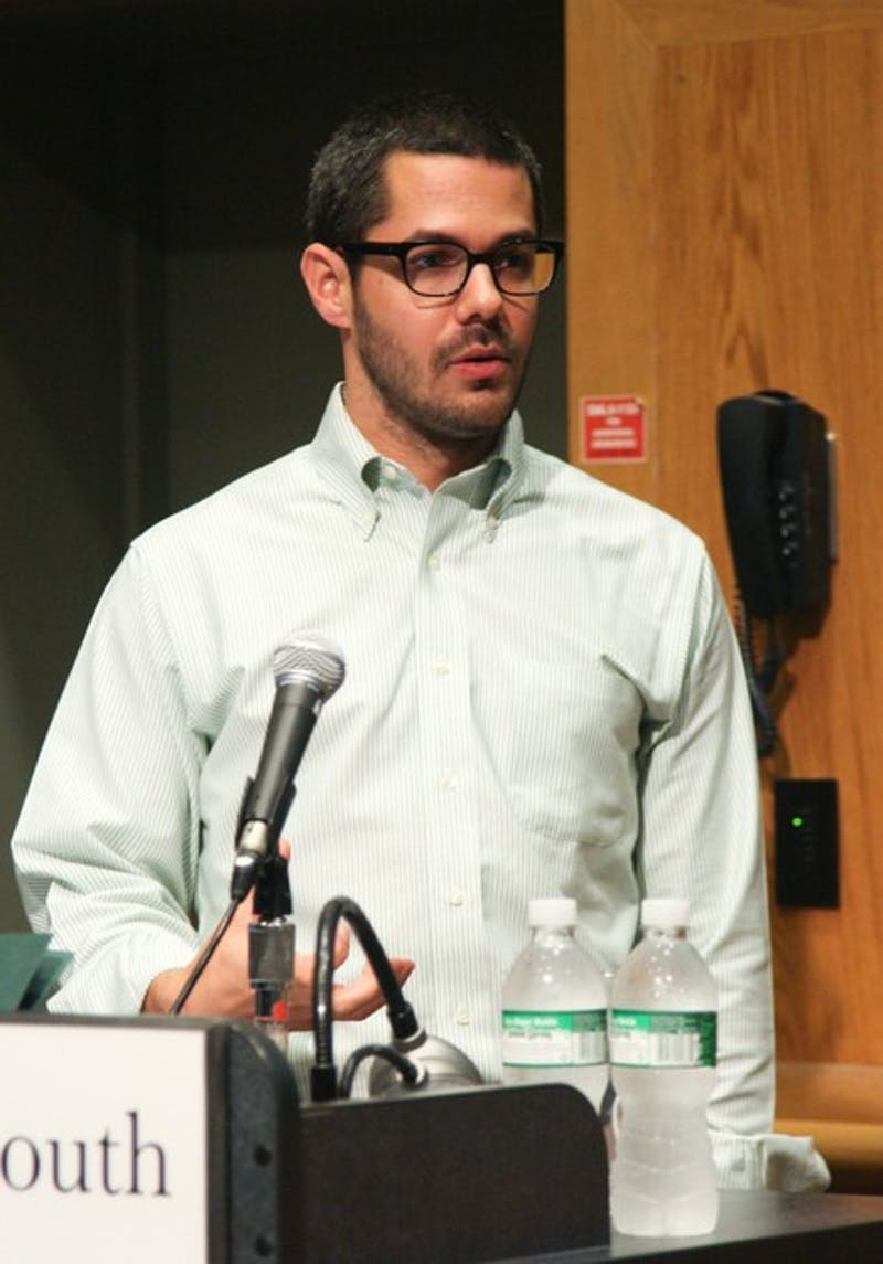 Former MTV News correspondent Gideon Yago addresses a packed room.