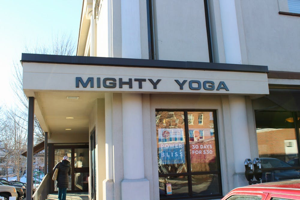 news_yoga_by_saphfire_brown