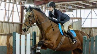 3.7.16.sports.equestrian_courtesy