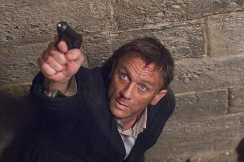 Daniel Craig, the sixth face of 007, stars with a solid cast in
