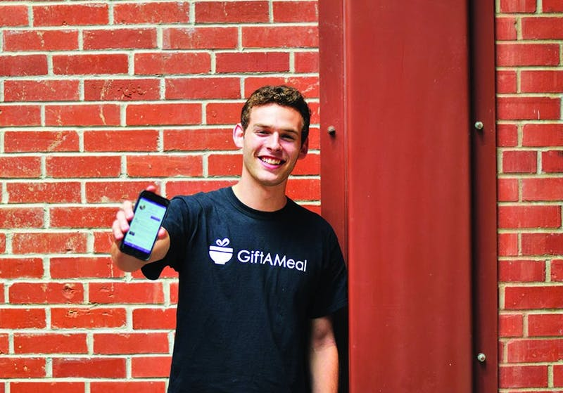 Aidan Folbe '19 co-created app called GiftAMeal.