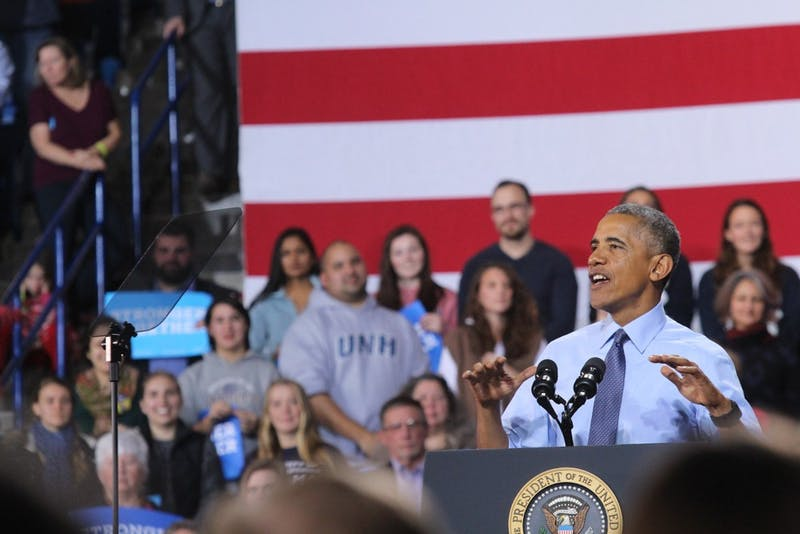 President Barack Obama spoke to a crowd of nearly 8,000 people at the University of New Hampshire in Durham, New Hampshire this afternoon.