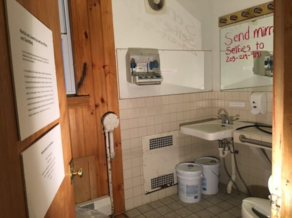 5917artsbathroom_ishaanjajodia