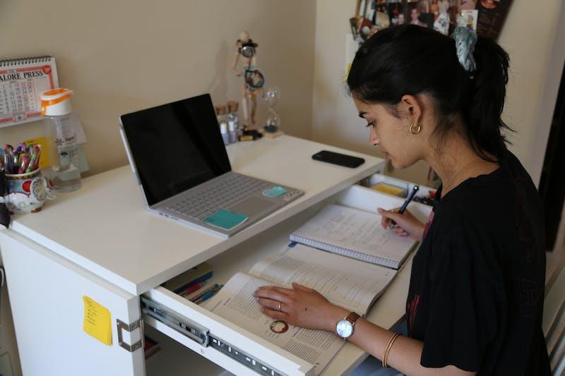4.8.20.studentworking_nainabhalla.jpeg